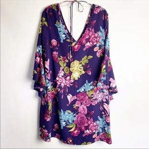 NWT Floral Bell Sleeve Dress Size Large